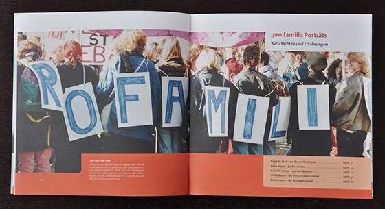 Image Broschüre pro familia Berlin - Innenseite - Art Direction, Grafik Design, Produktion by graphilox